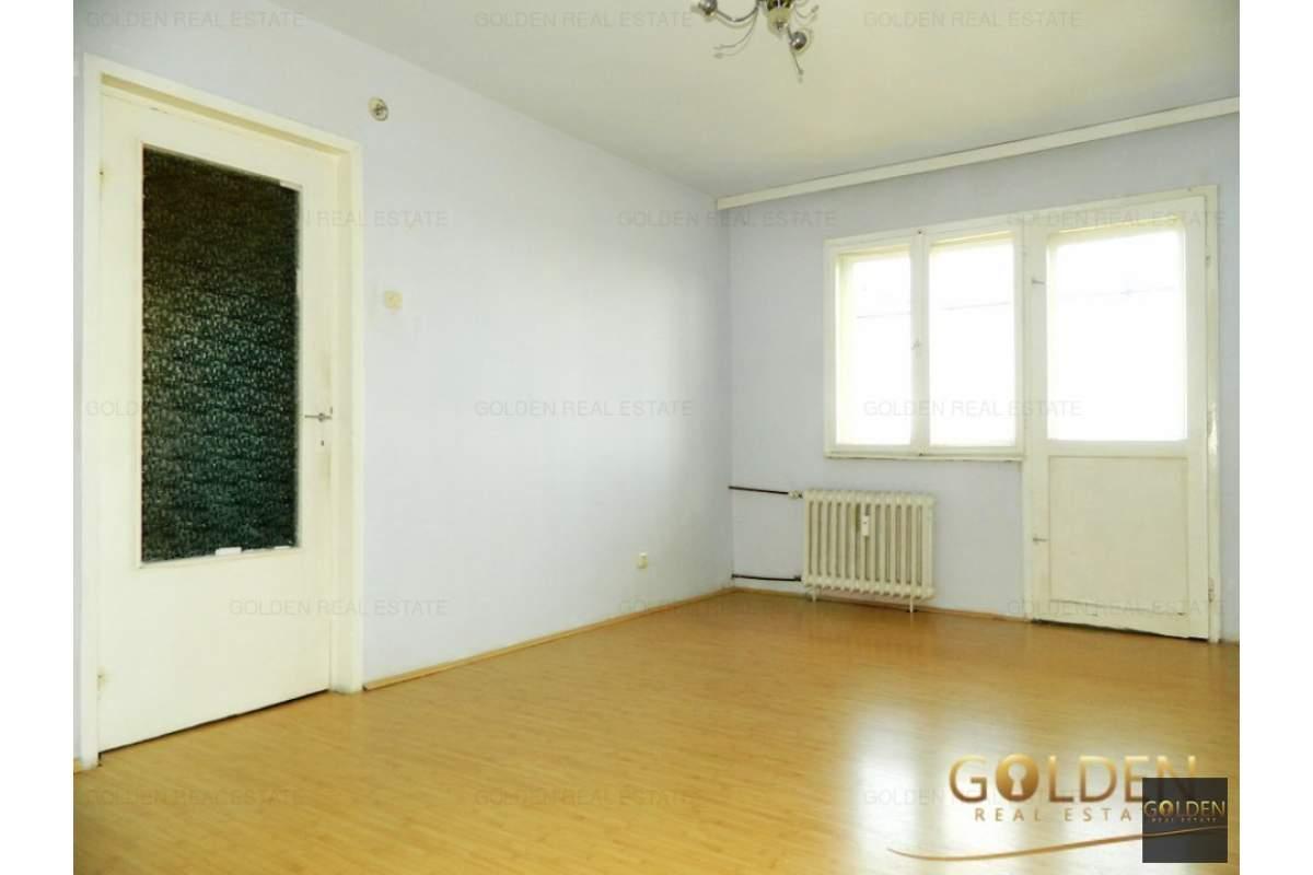 Inchiriez apartament 3 camere, zona Vlaicu-Fortuna, suprafata 75 mp
