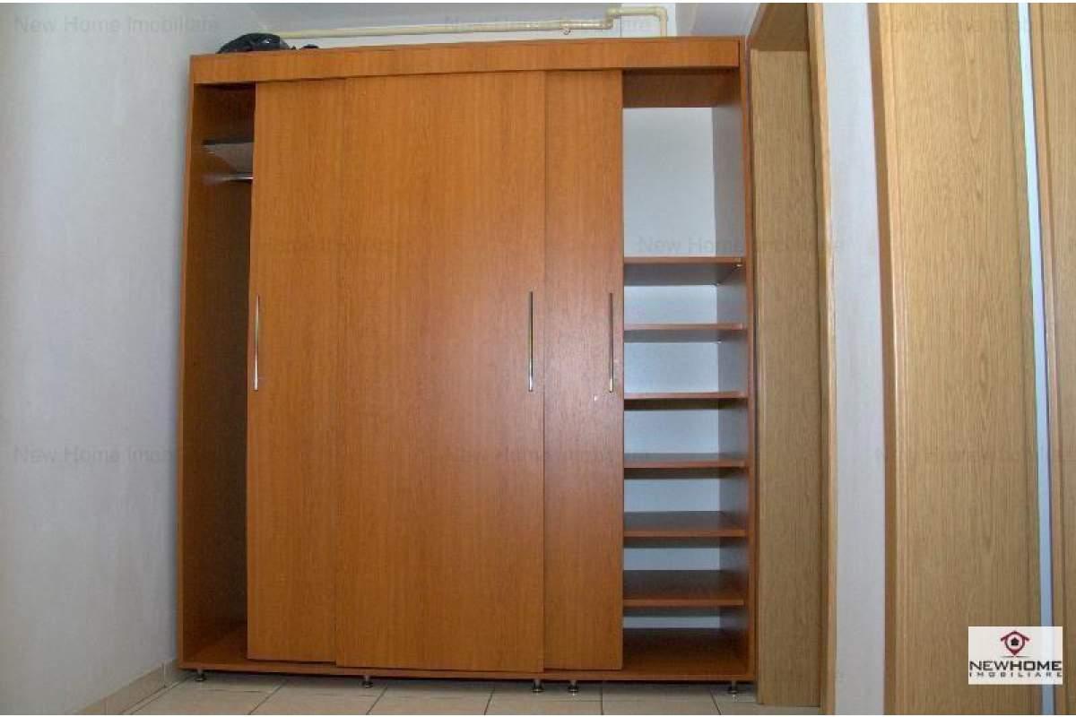 Inchiriez apartament cu 1 camera, decomandat