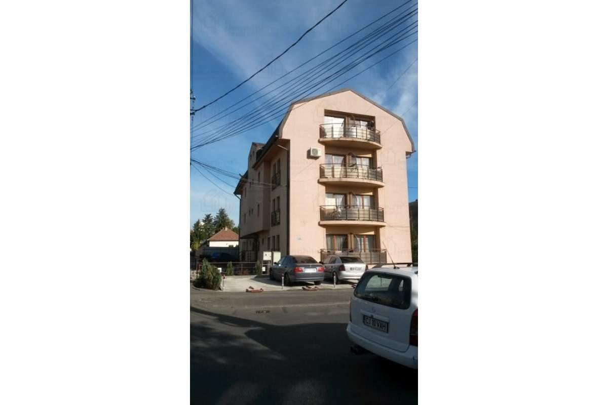 inchiriez apartament cu 1 camera in Marasti utilat si mobilat