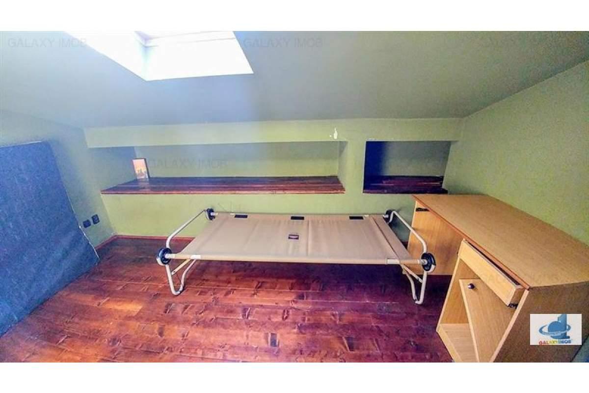 Inchiriez apartament penthouse mobilat si utilat, in 7 Noiembrie