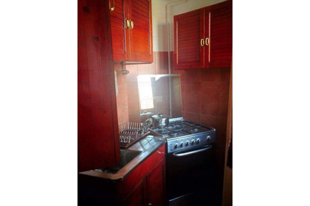 Inchiriez apartament situat ultracentral,Cluj-Napoca,Str.Emil Isac Nr.2