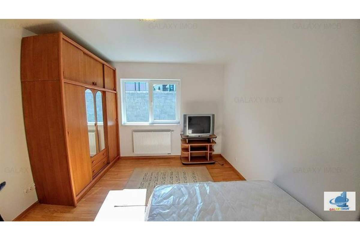 Inchiriez casa cu 4 camere semi- mobilat in cartierul Belvedere