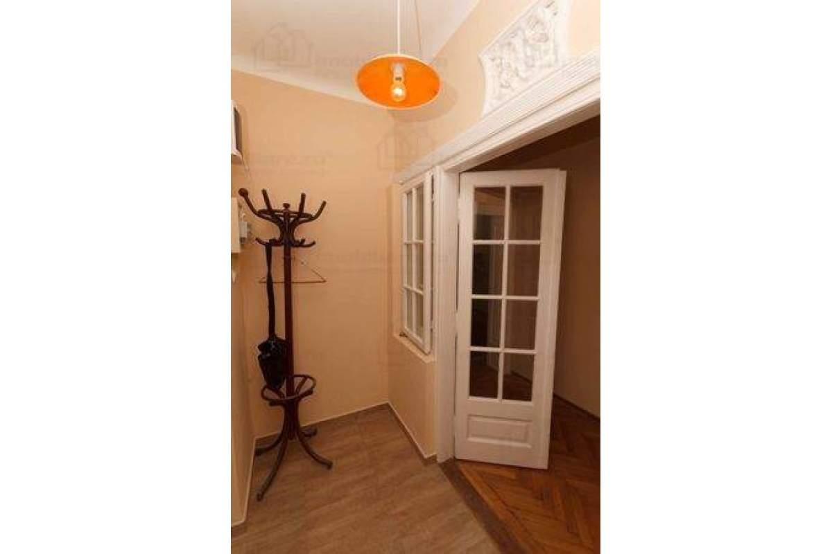 Inchiriez casa in Bucuresti, zona Dorobanti