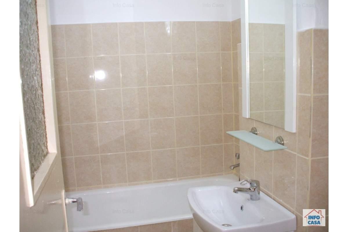 Ofer apartament 2 camere de inchiriat