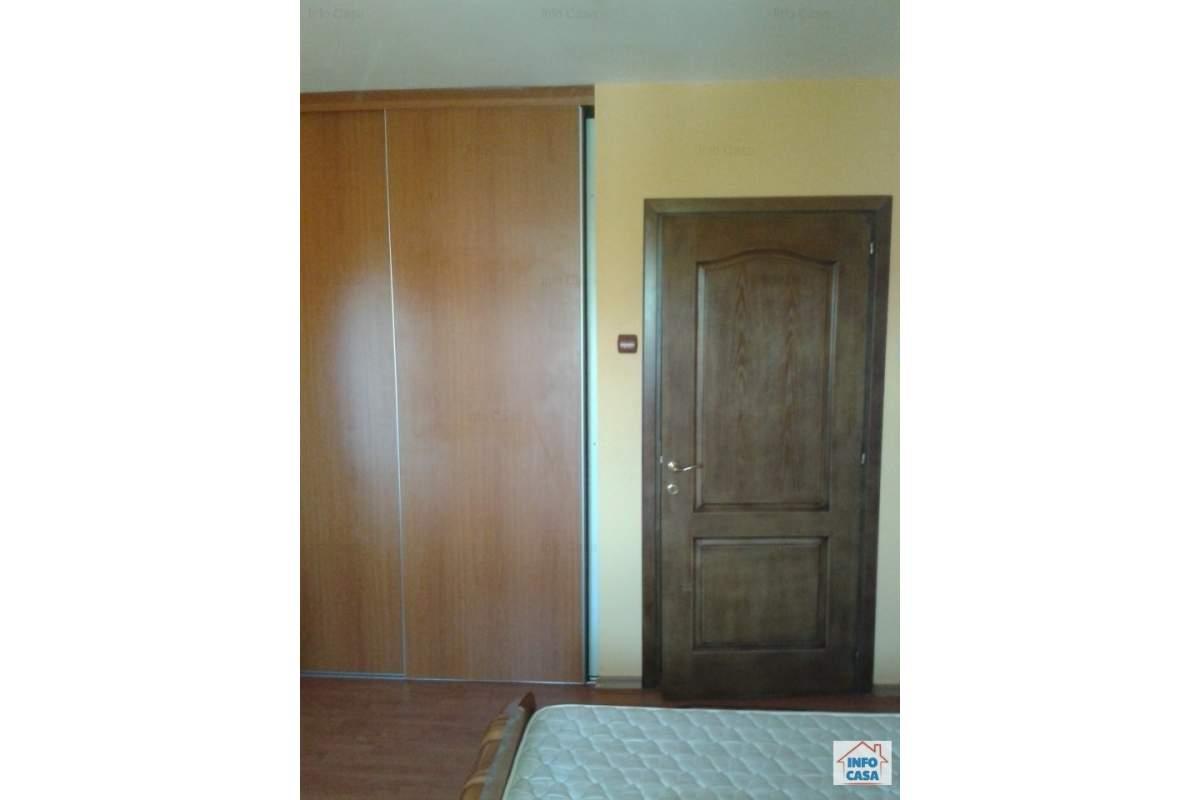 ofer apartament de inchiriat