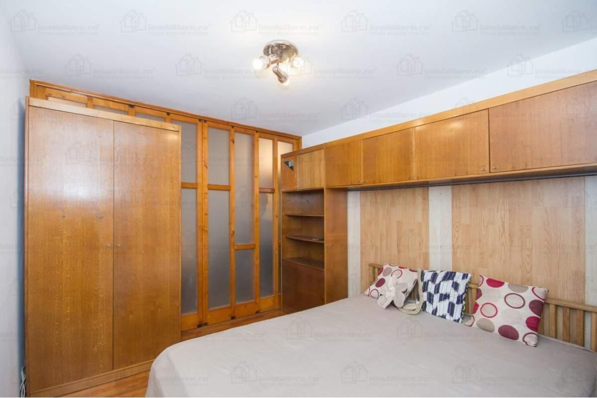 ORADEA : Inchiriez apartament 3 dormitoare matrimoniale, imediat ocupabil telefo