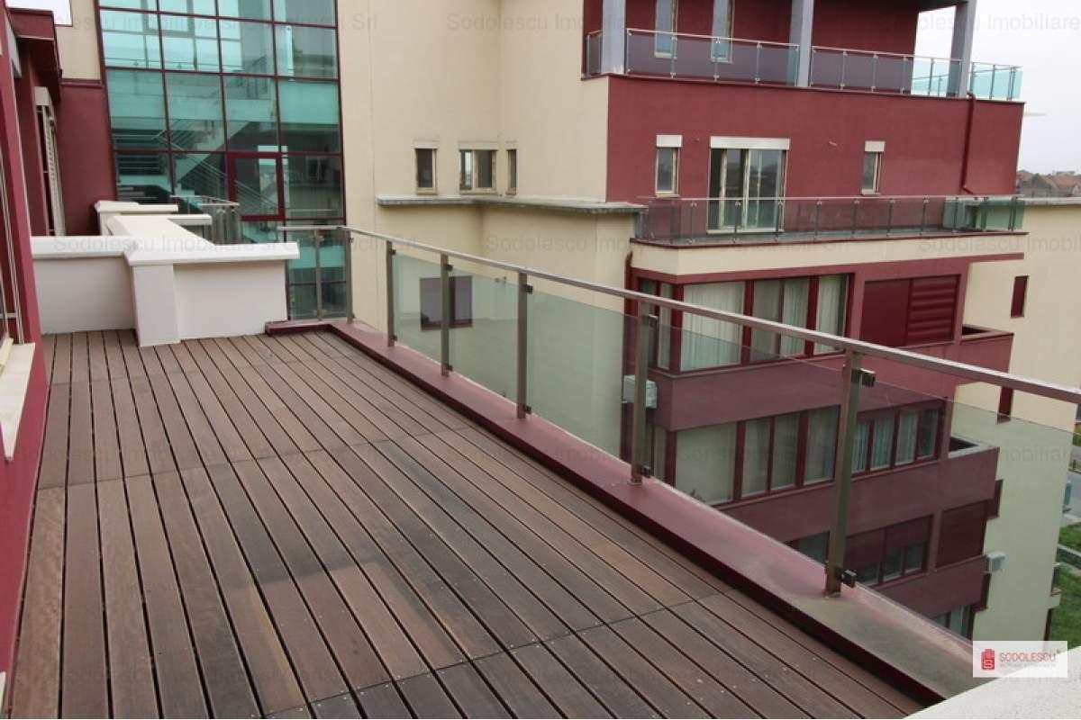 Penthouse de inchiriat cu terase de 65 mp