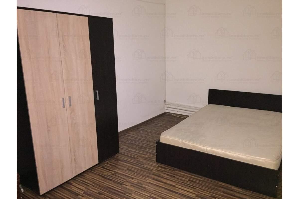 Proprietar, casa langa Bolta Rece, 6 camere, centrala proprie