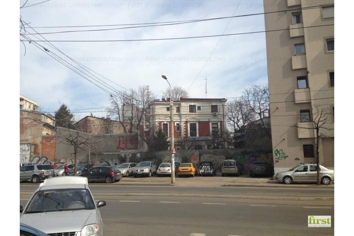 Teren zona Armeneasca - Piata Universitatii (str.Armand Calinescu) 223 mp