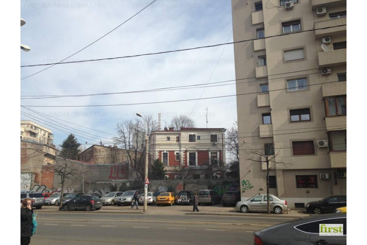 Teren zona Armeneasca - Universitatii (str.Armand Calinescu) 223 mp