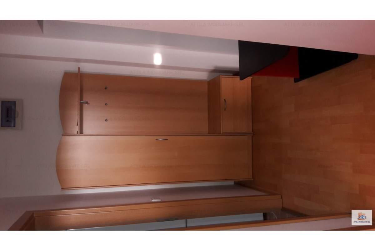 Torontalului o camera 240 euro