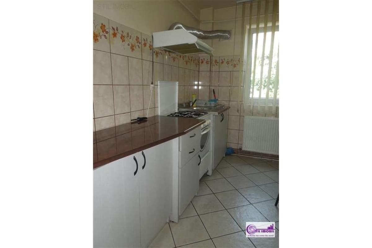 Tudor Vladimirescu apartament 3 camere