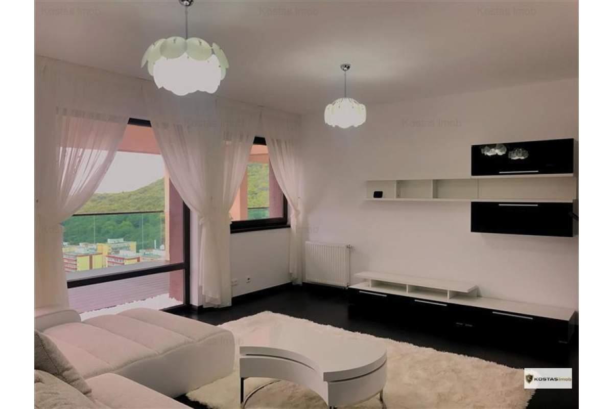 Va oferim spre inchiriere, apartament 3 camere, cu dressing, terasa generoasa s