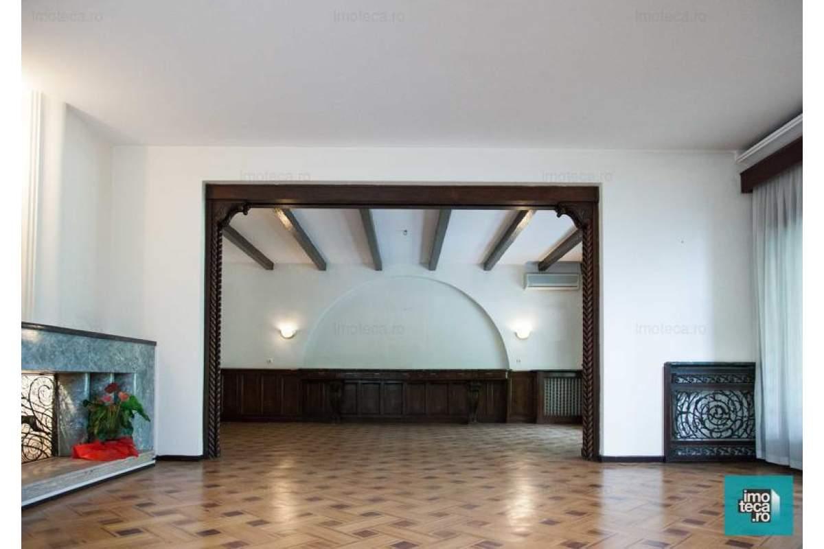 Vila cu arhitectura interbelica de inchiriat in zona Kiseleff