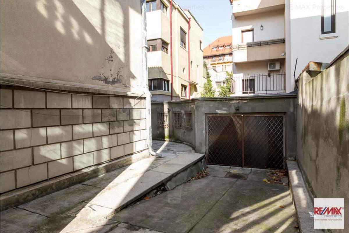 Vila D+P+1E+M Dorobanti./Capitale