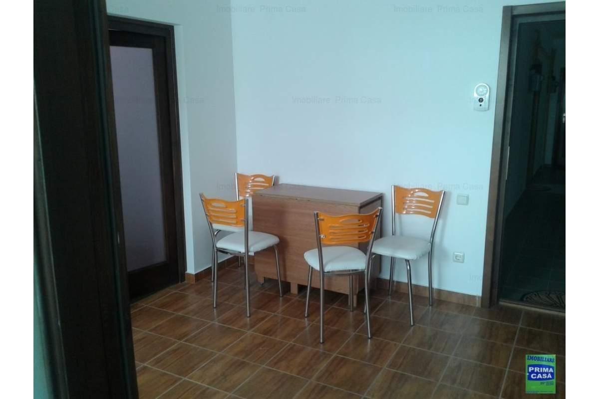 Zona Gold Plazza inchiriez 2 camere,nemobilat,190euro/luna