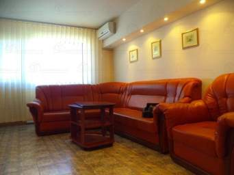 Apartament 2 camere central, Str. Cuza-Voda