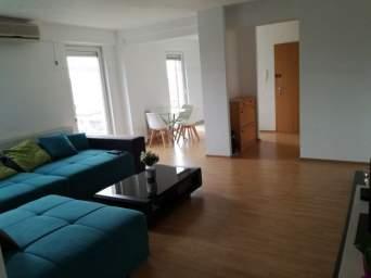 Apartament 3 camere bloc nou Lipovei
