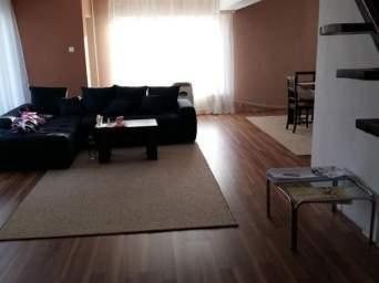 Apartament 3 camere cu scara interioara