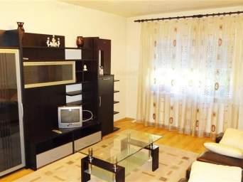 Apartament 3 camere, decomandat, zona Kaufland