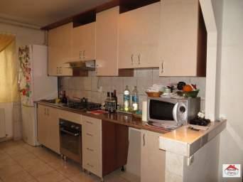 Apartament 3 camere Micro 15