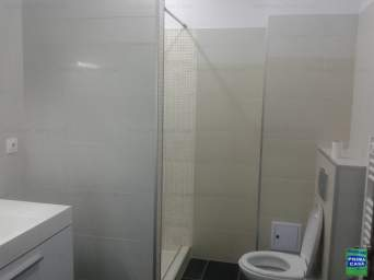 apartament in bloc nou finisat mobilat si utilat nou, 450E/luna