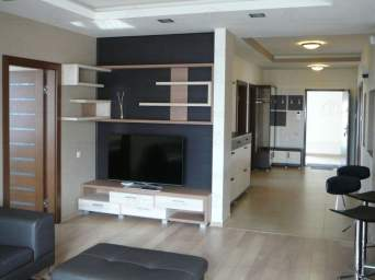 Apartament nou, lux, mobilat, 4 camere, etajul 1, garaj, curte, Oradea, Gh.Doja