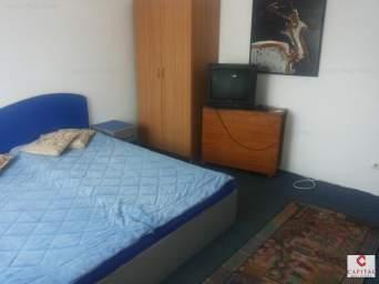 Apartament o camera zona Centrala