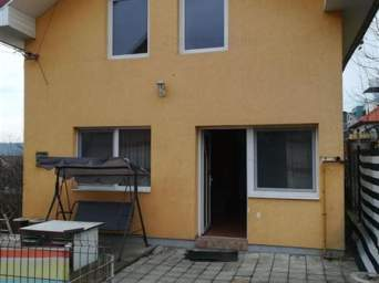 Casa 4 camere, 140 mp, Dambul Rotund