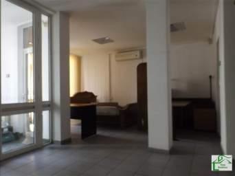Casa de inchiriat 12 camere
