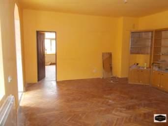 Casa de inchiriat 4 camere