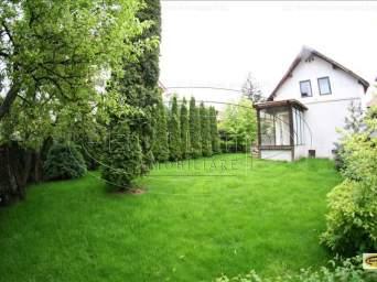 Casa singur in curte in Centrul Civic (zona Spitalului Sf. Constantin)