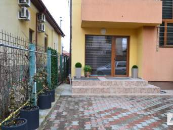 Casa / Vila cu 4 camere de inchiriat in zona Gheorgheni