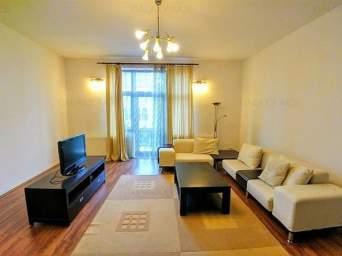 Inchiriez apartament cu 2 camere modern,100 mp ultracentral