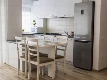 Inchiriez apartament pers fizica / juridica- 3 camere City Of Mara-M1 Parter