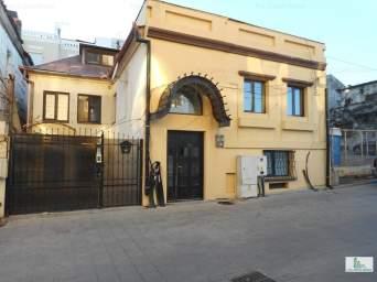 Vila P+1 nemobilata in centrul vechi langa Plaja Modern